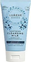 Parfums et Produits cosmétiques Lait nettoyant à l'eau de myrtille nordique pour visage - Lumene Sensitive Soothing Cleansing Milk