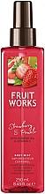Parfums et Produits cosmétiques Brume à l'huile d'amande pour corps, Fraise et Pomelo - Grace Cole Fruit Works Body Mist Strawberry & Pomelo