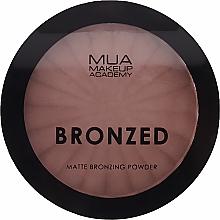 Parfums et Produits cosmétiques Poudre bronzante mate - MUA Bronzed Matte Bronzing Powder