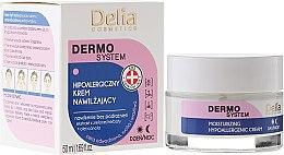 Parfums et Produits cosmétiques Crème de jour et nuit à l'extrait de thé vert - Delia Dermo System Moisturizing Hypoallergenic Cream